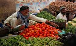 Tomato price hits Rs 400 per kilo mark in Pakistan
