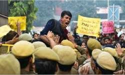 JNU protest Delhi traffic