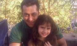 Raveena Tandon Latest News: Raveena Tandon's daughter loves company of 'uncle' Salman Khan, Seen thi
