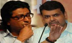 Fadnavis puts end to speculations of alliance with MNS,