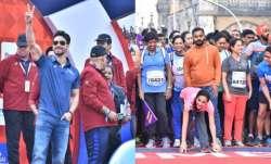 Tiger Shroff cheers runners at Mumbai Marathon 2020,