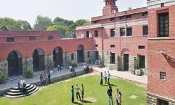 First, second year students to be graded on internal assessment, previous performance: DU
