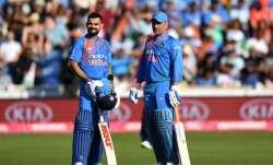 Kudos to Virat Kohli for still having MS Dhoni in team: Michael Hussey