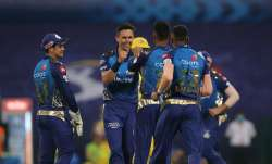 Live Score Mumbai Indians vs Chennai Super Kings IPL 2020: CSK lose openers early in 163 chase