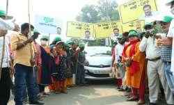 Delhi govt launches 'Red Light On Gaadi Off' campaign