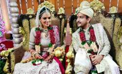 Aditya Narayan & Shweta Agarwal's first pics post wedding go viral