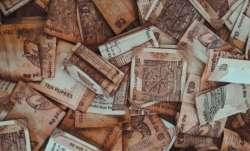 Vastu Tips: Want to get rid of debt? Follow these measures