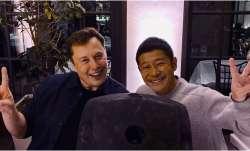 Elon Musk with Yusaku Maezawa