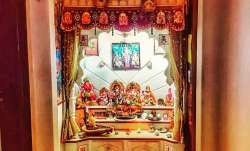 Vastu Tips: Do not keep a broken idol of God in the home temple