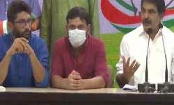 Kanhaiya Kumar, Jignesh Mewani join Congress after meeting