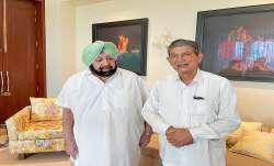 Punjab Congress General Secretary in-charge Harish Rawat meets Former CM Capt. Amrinder Singh