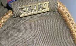 Rickshaw puller approaches cops after receiving IT notice