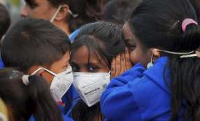 File photo of Delhi school students wearing mask