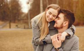 Is your boyfriend flirtatious? Here's how to deal with him