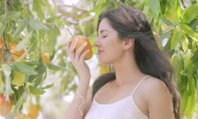 Eating mangoes in THIS way will not make you fat!