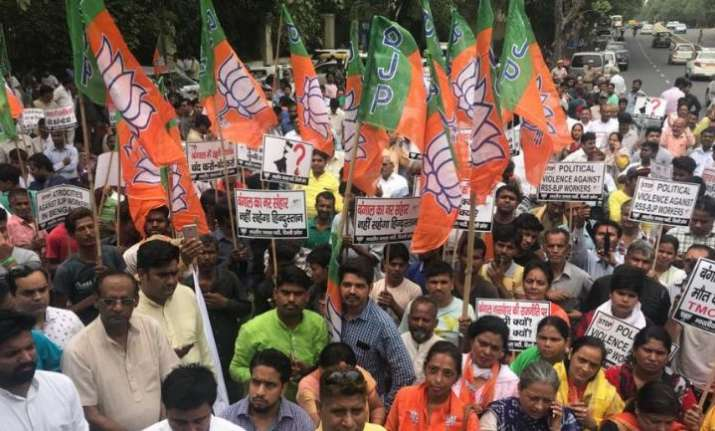 BJP workers protest the killing of a party worker in West