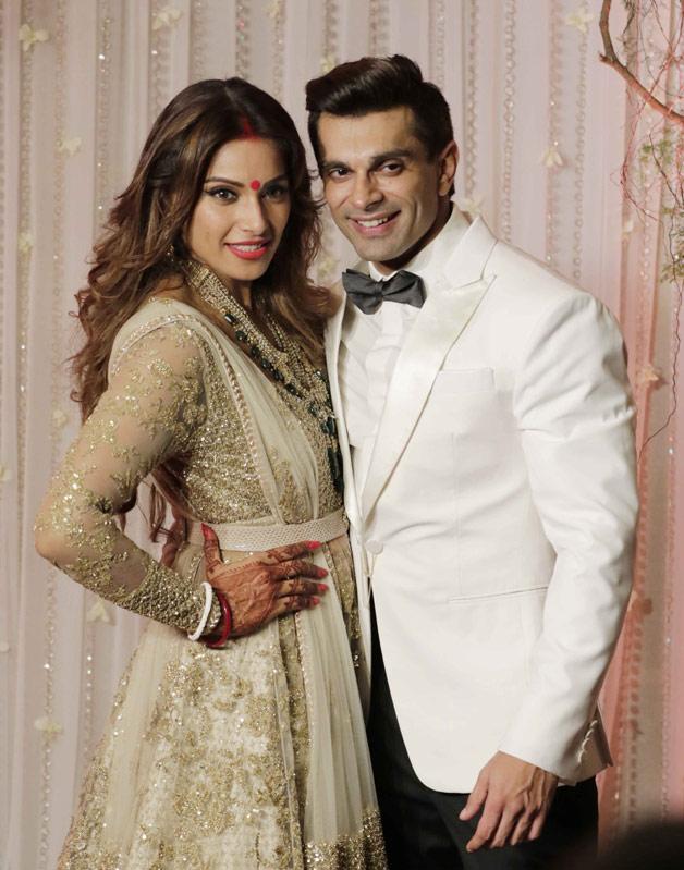 Celebs dazzle at Bipasha Basu –Karan Singh Grover\'s Wedding Reception