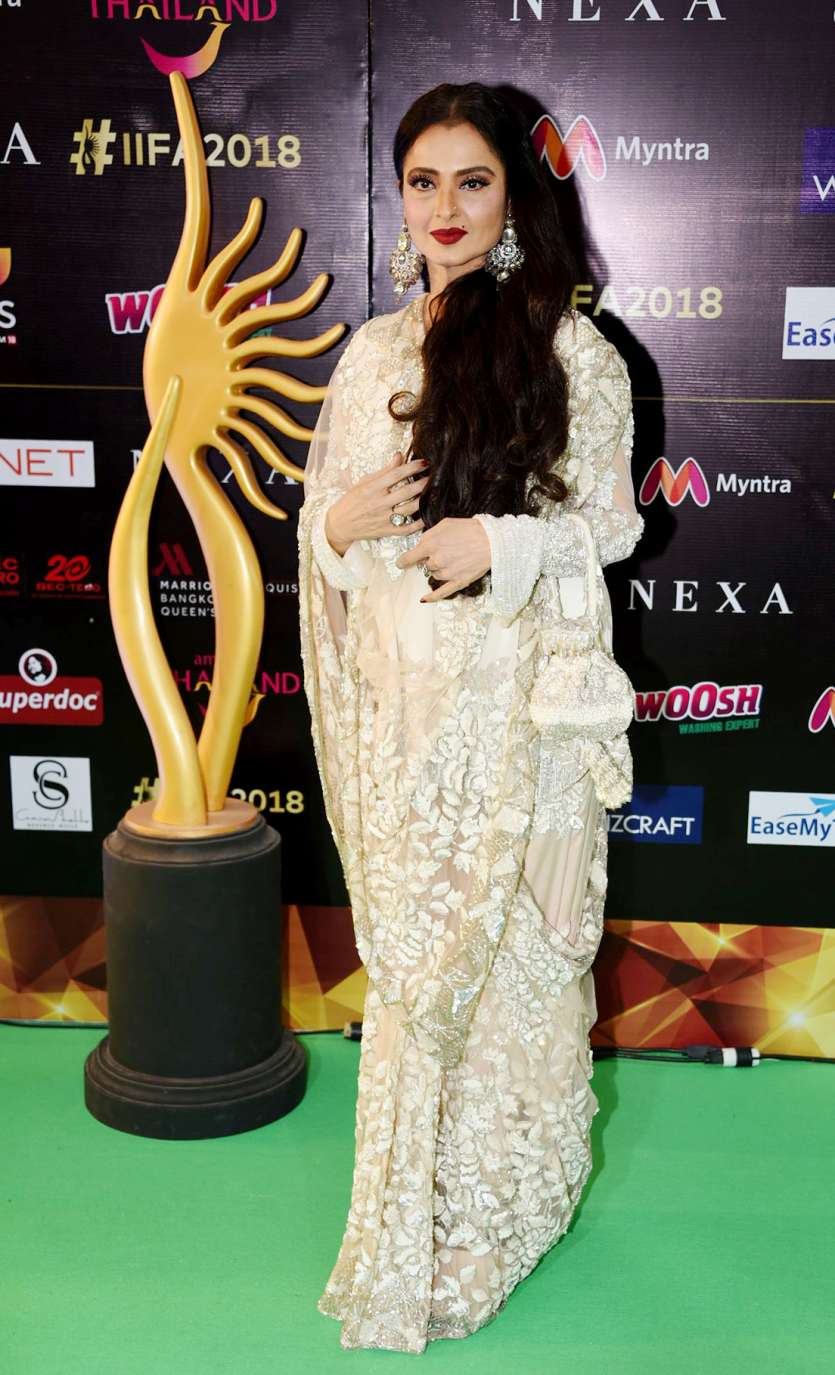 Veteran Actress Rekha Looked Elegant In Saree With Open Hair And Heavy Jhumkas She