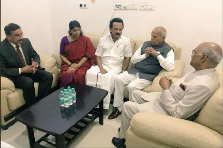 President Kovind interacting with Karunidhi's son MK Stalin