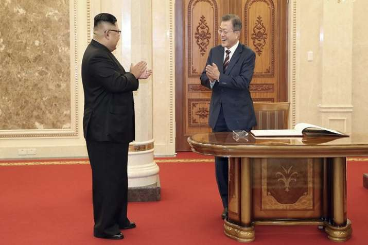 Kim gave the South Korean president an exceedingly warm