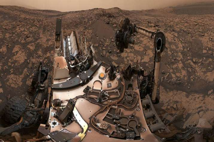 Picture of Martian landscape clicked by Curiosity Rover.