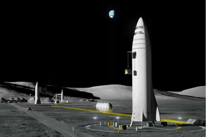 The tourist will fly in the Big Falcon Rocket (BFR) being