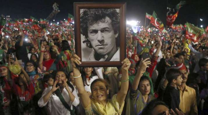 Tough competition between PTI, PML-N in Pak by-election