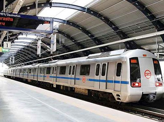 AAP student wing demands free Delhi Metro rides for
