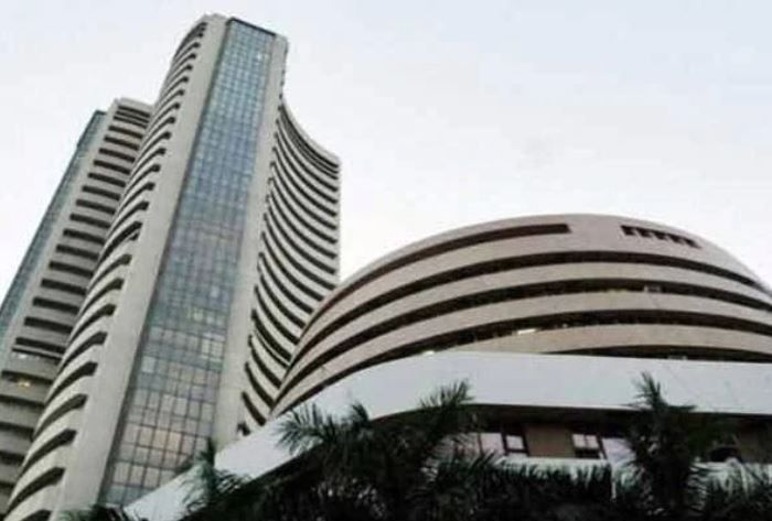 Key Indian equity market indices open in red.