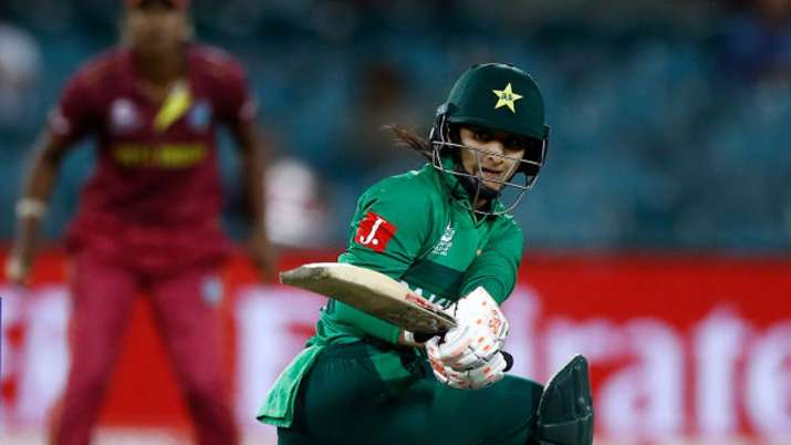 The main central contracts list includes Bismah Maroof and