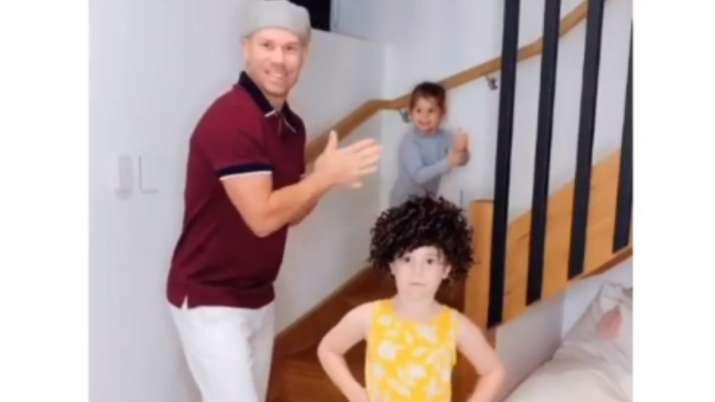 David Warner and his daughters