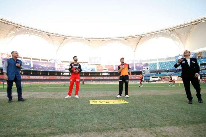 Virat Kohli and David Warner during toss time