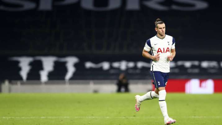 Tottenham's Gareth Bale enters pitch during the English