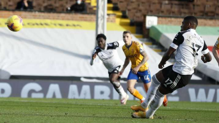 Fulham's Ivan Cavaleiro misses a penalty shot during the