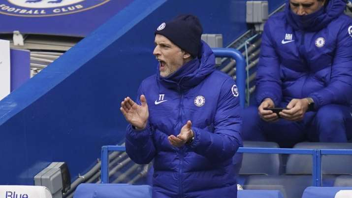 Chelsea manager Thomas Tuchel gives instructions during the