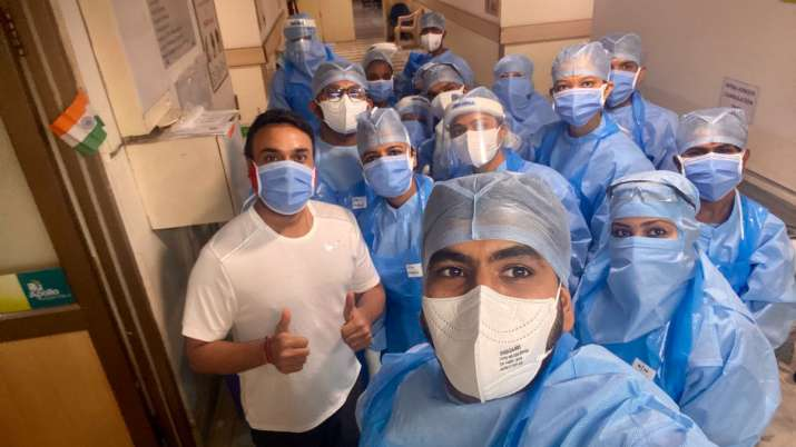 Amit Mishra thanks frontline workers after testing negative for COVID-19