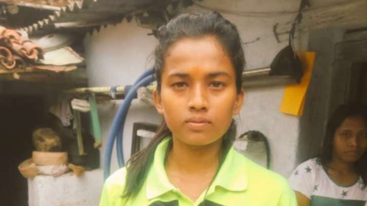 Forced to work in farms, Indian footballer Asha receives help from Dev Kumar Verma's Pathshala Trust