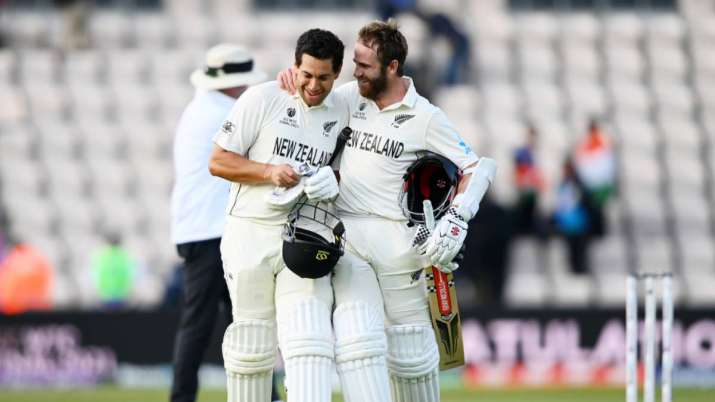 Kane Williamson and Ross Taylor of New Zealand celebrate