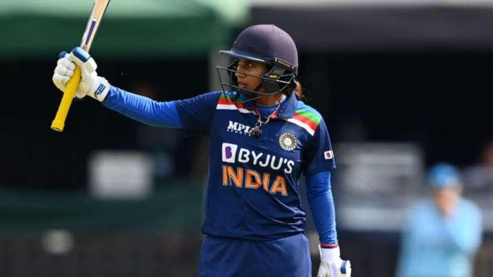ENG W vs IND W   Mithali Raj comes to rescue again as India's batting order tumbles