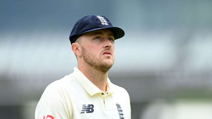 England bowler to take 'short break' from cricket after tweets controversy
