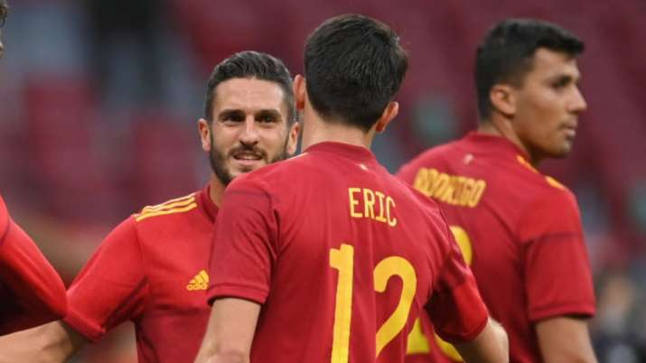 Spain vaccinates Euro 2020 squad after outbreak scare