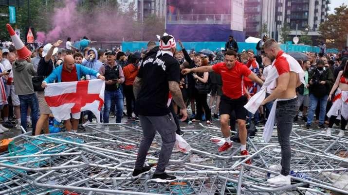 euro 2020 fan violence,