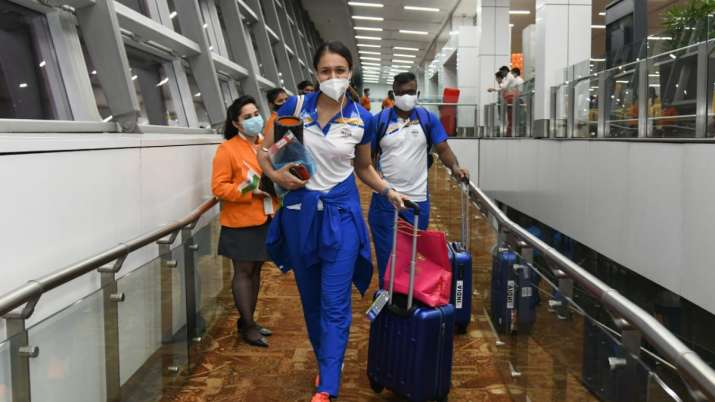 Tokyo Olympics   Rapturous scenes at Delhi airport as first batch of Indian athletes departs