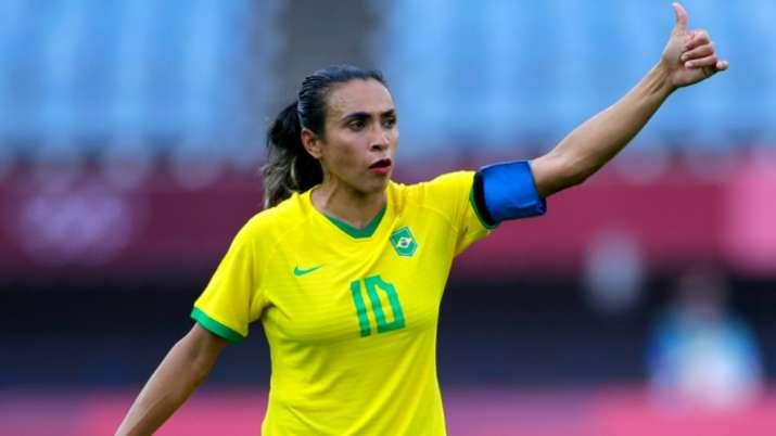Pele hails Brazil women's footballer Marta after incredible Olympic landmark