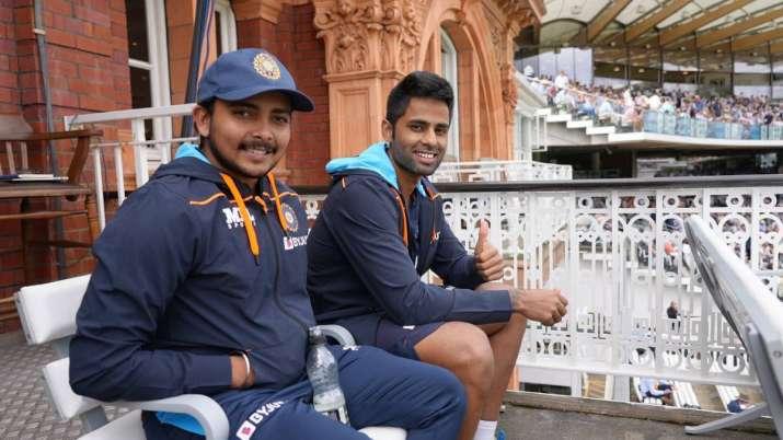Prithvi Shaw (L) and Suryakumar Yadav