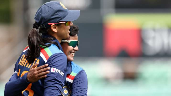 Smriti Mandhana, Deepti Sharma to play for title holders Sydney Thunder in WBBL 7