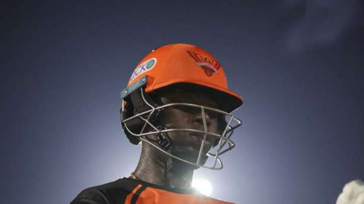 `Sherfane Rutherford to leave Sunrisers Hyderabad bio-bubble after father's demise
