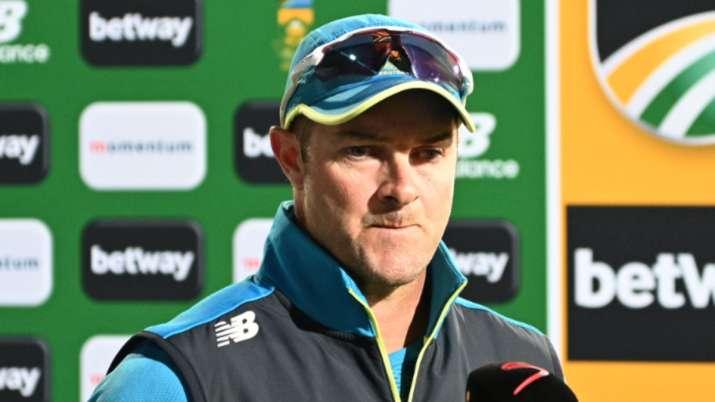 आईपीएल के दौरान यूएई की परिस्थितियों में खिलाड़ियों का अनुभव टी20 विश्व कप में हमारी मदद करेगा: मार्क बाउचर