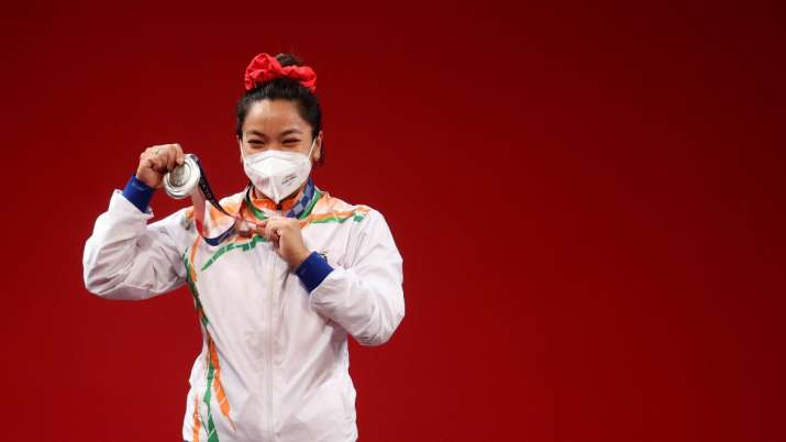 HM Amit Shah honours Olympic champion Mirabai Chanu