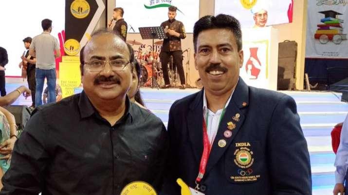 Sumit bhatia,